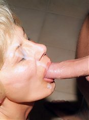 Stocking clad mature Rosalie got herself a macho fuckbuddy and gets sprayed with jizz live